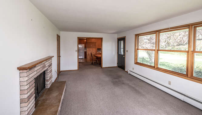 39500 20th Ave Dennison MN-small-017-009-Living Room-666x381-72dpi