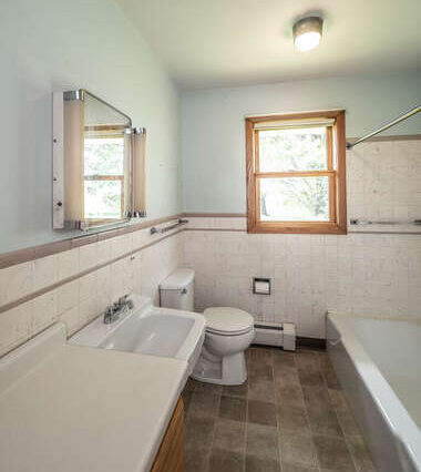 39500 20th Ave Dennison MN-small-025-016-Bathroom-380x500-72dpi
