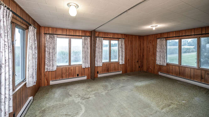 24644 Essex Ave Farmington MN-small-023-030-Primary Bedroom-666x375-72dpi