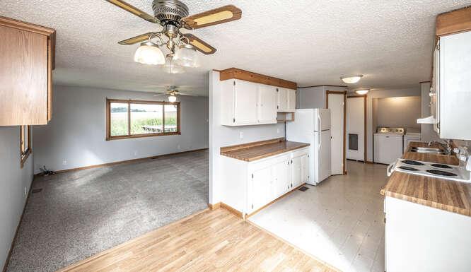 4625 280th St W Northfield MN-small-018-061-Dining Room Upper Unit-666x385-72dpi