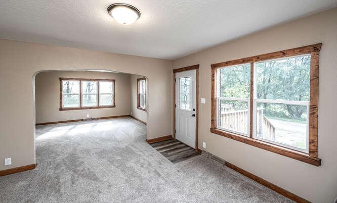 4357 160th St E Rosemount MN-small-013-026-Living Room-666x402-72dpi
