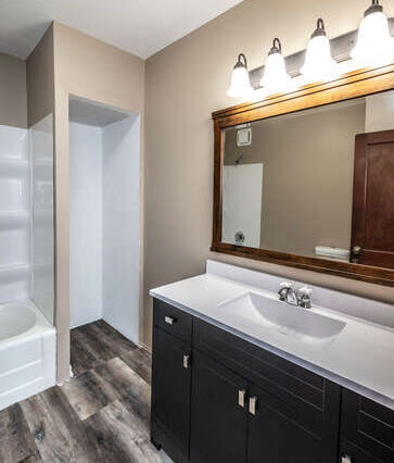 4357 160th St E Rosemount MN-small-026-016-Bathroom-363x500-72dpi